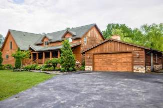 SOLD FOR $369,000